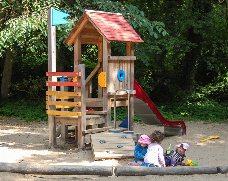 Klettergerüst Für Kleinkinder : Ihre kinder liegen uns am herzen st walburg.de
